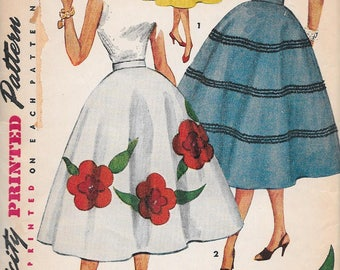 Vintage 1950s Simplicity Sewing Pattern 4658 - Misses' Skirt, transfer included, waist size 24 hip 33