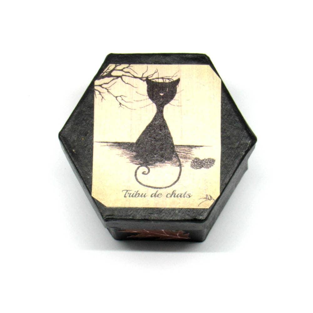 Boite hexagonale en carton d cor e silhouette de chat assis - Boite en carton decoree ...