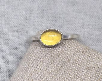 Beautiful glowing Baltic Amber sterling silver ring