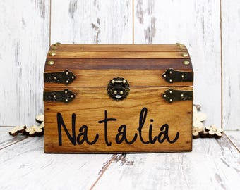Personalized Wood Chest, Stained Child's Keepsake Chest, Birthday Gift, Graduation Gift, Flower Girl Gift, Baptism Wooden Chest, Toy Box
