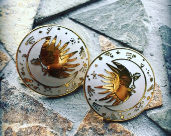 Vintage Cloisonné White and Gold Trimmed Sun Moon and Stars Round Post Earring Set