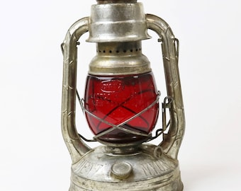 Vtg 1938 Dietz Little Wizard Railroad Lantern w/ Red Glass Globe NY USA