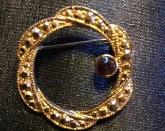 Vintage Brooch with a Stone in Excellent Shape