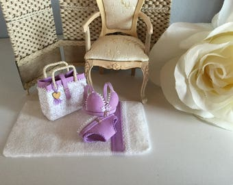 Coordinated composed with delicate bra, panties, bag and towel in 1:12 scale