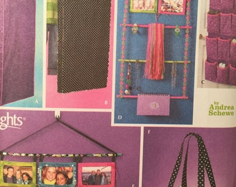 Teen Room Organizers, Simplicity 4191, Sewing Pattern, Home Decorating, Simply Teen, Garment Bag, Jewelry Organizer, Shoes, Photo Hanger