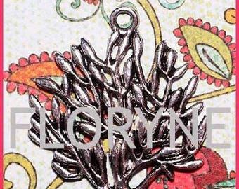 Charm pendant: Tree of life silver