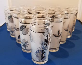 Vintage Mid Century Libbey Frosted Silver Foliage Shot / Juice Glasses