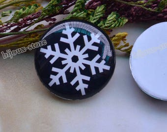 Set of 2 glass Cabochons snow themed 30 mm B30008