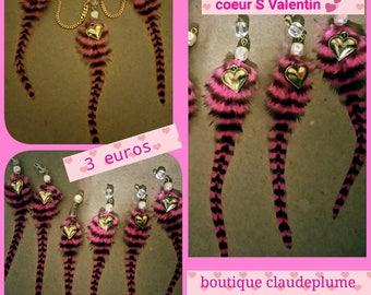 set of 6 beaded feathers Valentine pendants