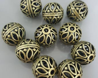 Hollow Round Brass Beads with Flower, 16mm - 6 Pieces