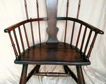 "English spindle-back ""Windsor"" armchair. Ash and elm, circa 1820."