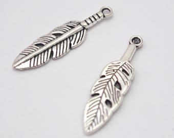 2 charms feather silver-plated 30x8mm