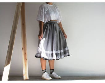 80s Homemade Gingham Ruffle n Lace Trim Skirt
