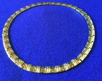 1950s Gold Tone 37 Link Segmented Collar Necklace
