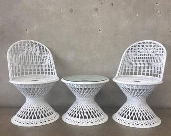 Vintage Three Piece Garden Set (J5RYNG)