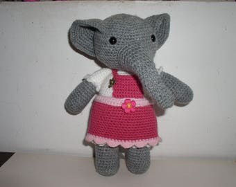 Pink Elephant in acrylic yarn with her dress