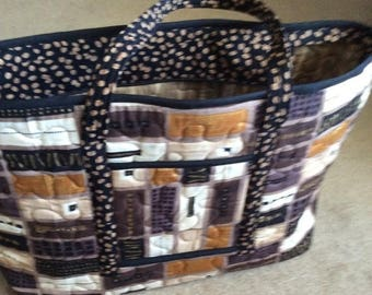 7806321038 25% off Large tote overnight bag