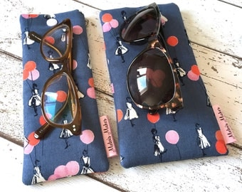 Retro Glasses Case, 2 sizes, Vintage Style Sunglasses Pouch, Soft Specs Bag, Handbag Accessory, Gift for Her, Padded Reading Glasses Sleeve