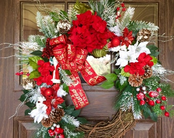 Poinsettias Front Door Wreath | Christmas Wreath | Grapevine Wreath | Christmas Decorations Wreath | Wreaths on Etsy | Etsy Wreaths