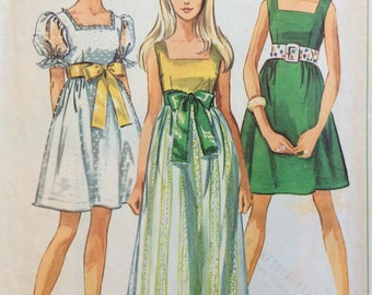 Simplicity 8061 junior misses dress in two lengths size 9/10 bust 30 1/2 or size 12 bust 34 vintage 1960's sewing pattern