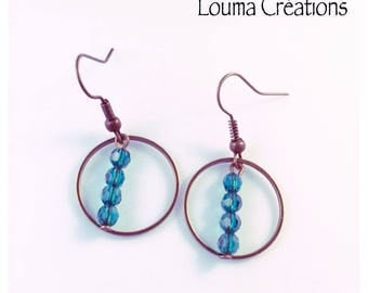 Turquoise beads and bronze earrings