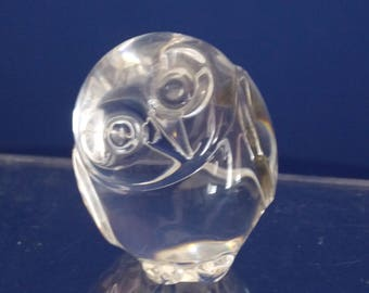 Beautiful Steuben art glass owl paper weight/hand warmer- free domestic shipping