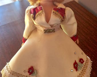 Vintage Madame Alexander Cowgirl Doll Porcelain