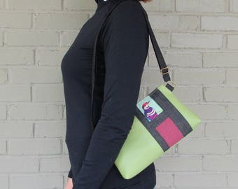 Small Green Crossbody Bag - Echino Bird Crossbody Bag - Green Vegan Leather Bag - pearthreads.com