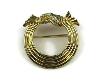 Avon Circle Pin