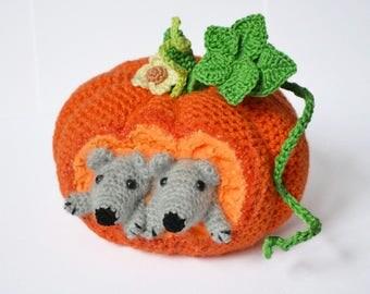 Pumpkin and mice crochet pattern Crochet pumpkin Country farmhouse pumpkin decor Crochet gourd Halloween crochet pumpkin Digital Download