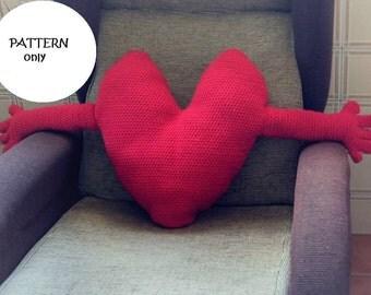 Crochet pattern of heart cushion with arms, in Spanish and English. Amigurumi heart. IKEA cushion. Big Brother cushion. Amigurumi
