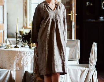 Loose fitted linen dress. Colour block dress. Washed linen clothing for women. Summer linen dress. V neck linen dress