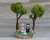 Moss wedding decor: Dog cake topper, Forest wedding cake topper, Pet cake topper, Cat cake topper, Garden cake toper, Custom cake figurine