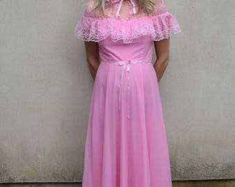 Vintage bright pink formal/bridesmaid/prom dress, 1980s
