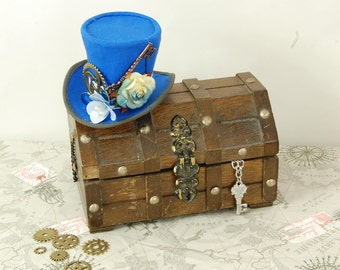 Mini Steampunk top hat. Steampunk accessory