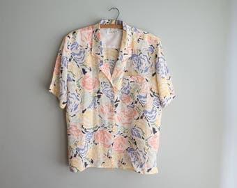 Silk Floral Blouse / Pastel Button Up / Vintage Liz Claiborne / Women's Vintage Clothing
