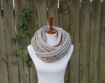 Chunky infinity scarf, Knit Scarf, Cowl, Crochet Infinity scarf - in Sandstone