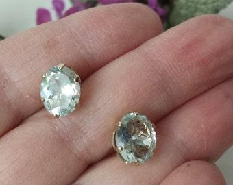 Vintage 14k White Gold Blue Topaz Stud Earrings Vintage  14k WG Topaz Stud Earrings