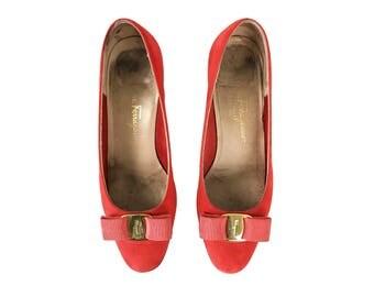 SALVATORE FERRAGAMO Vintage Red Suede Bow Logo Flats Monogram Ballet Shoes Slippers SZ 7.5