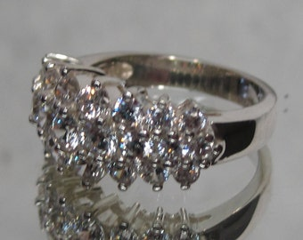Vintage Sterling Silver CZ Ring Sz 6 M151