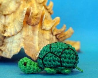 turtle plushie keychain - crochet amigurumi