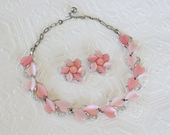Vintage Pastel Pink Thermoset Leaf Necklace and Clip Earrings Set Silver Tone Demi Parure