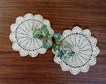 Vintage Crochet Lace Doilies, Small Crocheted Doilies, 7 Inch Medallions