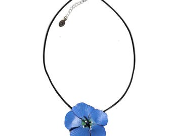 Linen leather flower pendant