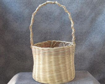 Round Plant Basket with Handle