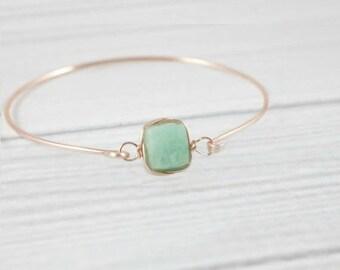 Aquamarine Bracelet, Dainty Minimalist Bracelet, Delicate Minimal Bracelet, Stone Bracelet, Bangle Bracelet, March Birthstone Jewelry,
