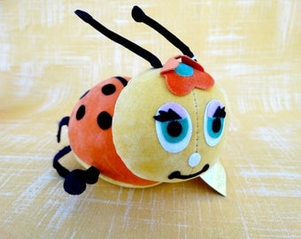 Vintage Dream Pets Lady Jane Lady Bug Toy by Dakin #1299 with Original Tag