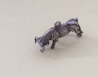 Sterling silver toro the bull charm vintage #272 s