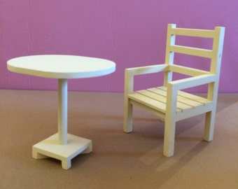 Pretty PetiteTable oval wood + wood Chair for your Dolls