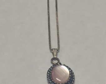 Vintage Sterling Silver Oval Pink Mother of Pearl Twisted Rope Pendant Necklace